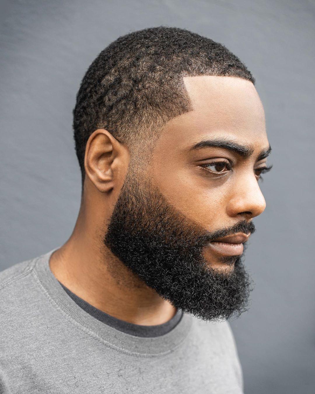 odpowiednio wyszczotkowania broda